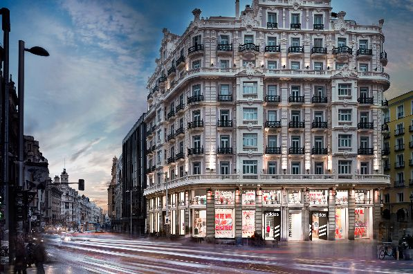 Triuva acquires Adidas Flagship store in central Madrid (SP)