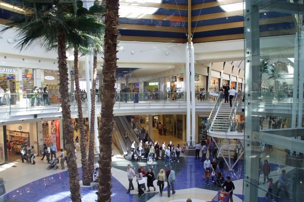 Union Investment acquires Le Befane shopping centre in