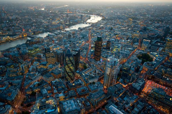 London Midtown office take-up 1m ft² higher year-on-year (GB)