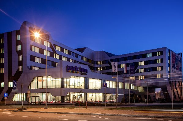 Union Investment acquires Park Inn by Radisson hotel in Krakow for €26m (PL)