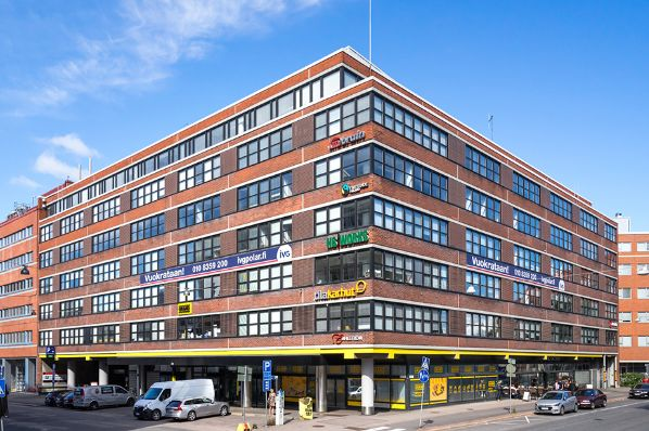 Cromwell and Goldman Sachs acquire Helsinki office portfolio for €108.5m (FI)
