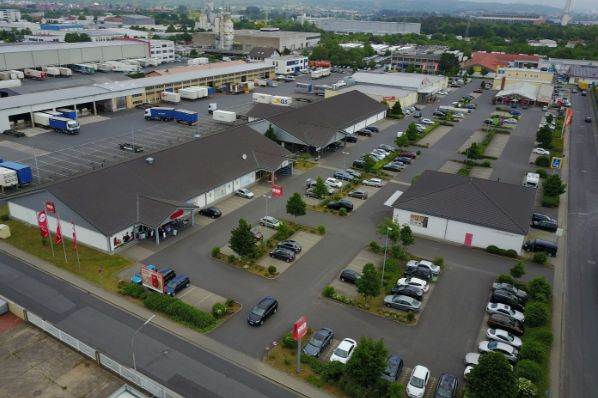 Principal Real Estate Europe acquires two retail warehouses in Germany