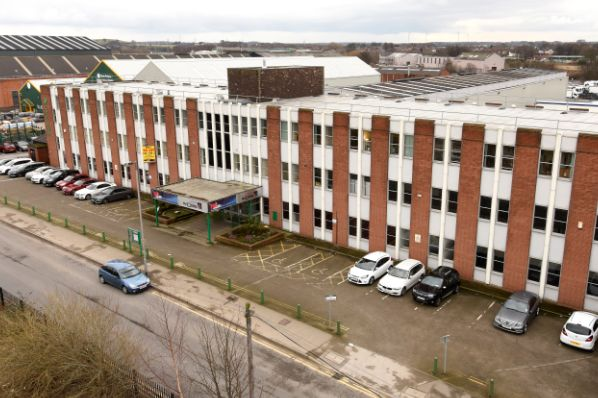 Paloma Capital acquires €15.9m Wakefield industrial estate (GB)