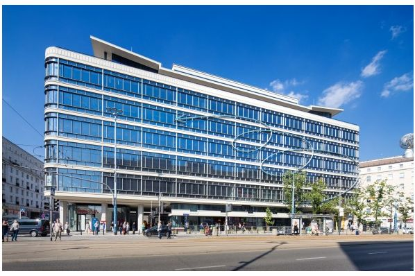 pbb provides €75.4m facility for Warsaw office deal (PL)