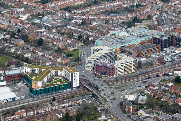 CLS invests €16m in Harrow office complex (GB)