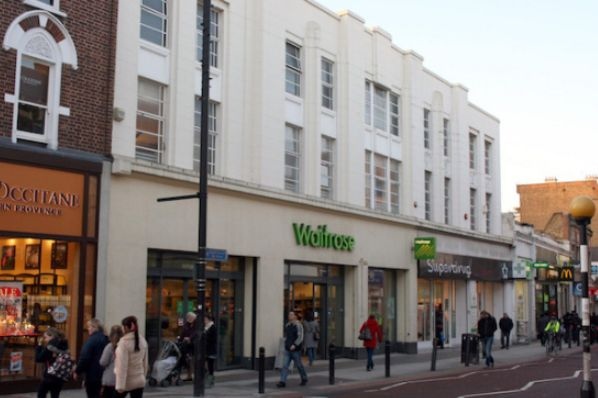 Legal & General sells Clapham Waitrose for €28.2m (GB)