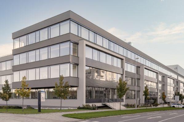 CMN以7,450万欧元(CZ)收购布拉格办公楼组合