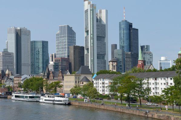 迈耶·伯格曼(Meyer Bergman)投资德国住房组合