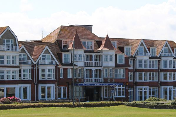 Best Western in Newquay goes on the market (GB)