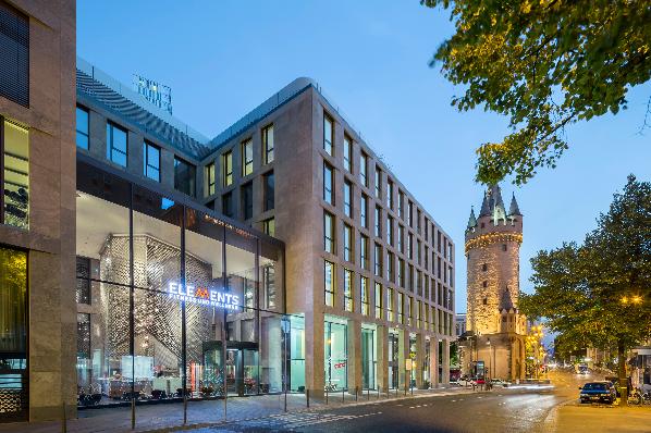 warburg hih invest acquires turmcarr e building in frankfurt de. Black Bedroom Furniture Sets. Home Design Ideas