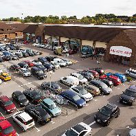 LGIM puts €64.46m UK shopping park up for sale