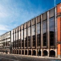 Triton acquires prominent office building in London for €85.2m (GB)