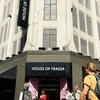 Sports Direct acquires House of Fraser €100.3m (GB)
