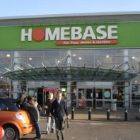 Homebase to close 42 stores (GB)