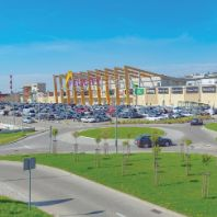 ECE acquires two shopping centers in Poland