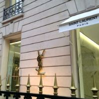 Invesco Real Estate acquires prime luxury retail asset in Paris (FR)