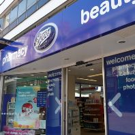 Boots to cut 4000 jobs and shut 48 Opticians stores (GB)