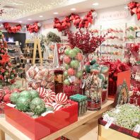 Selfridges unveils its sustainable Christmas Shop (GB)
