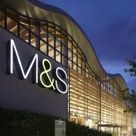 M&S outlines plans for clothing and home sections reopening (GB)