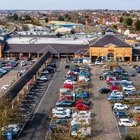 Supermarket Income REIT acquires regional Tesco supermarket for €73m (GB)