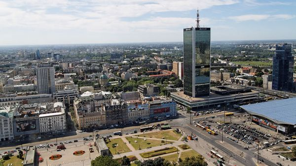 800px-Warsaw_-_View_from_Palace_of_Culture_and_Science_1