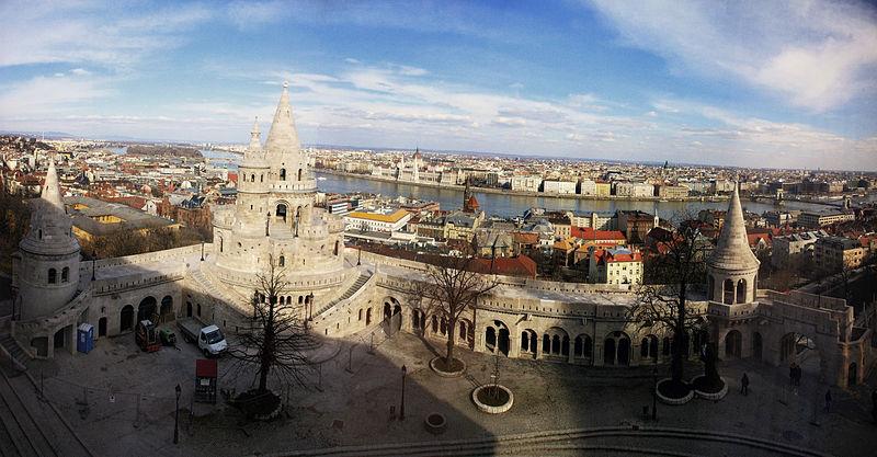 Budapest-Panorama-Fischerbastei-Donau