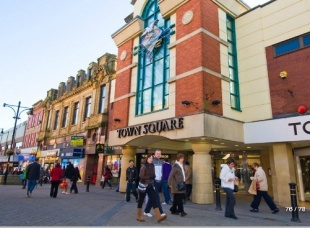 Retail jobs in Oldham on Retailchoice. Find and apply for the latest jobs in Oldham from Cowlishaw, Hollins Green to Shaw Side and more in Lancashire.