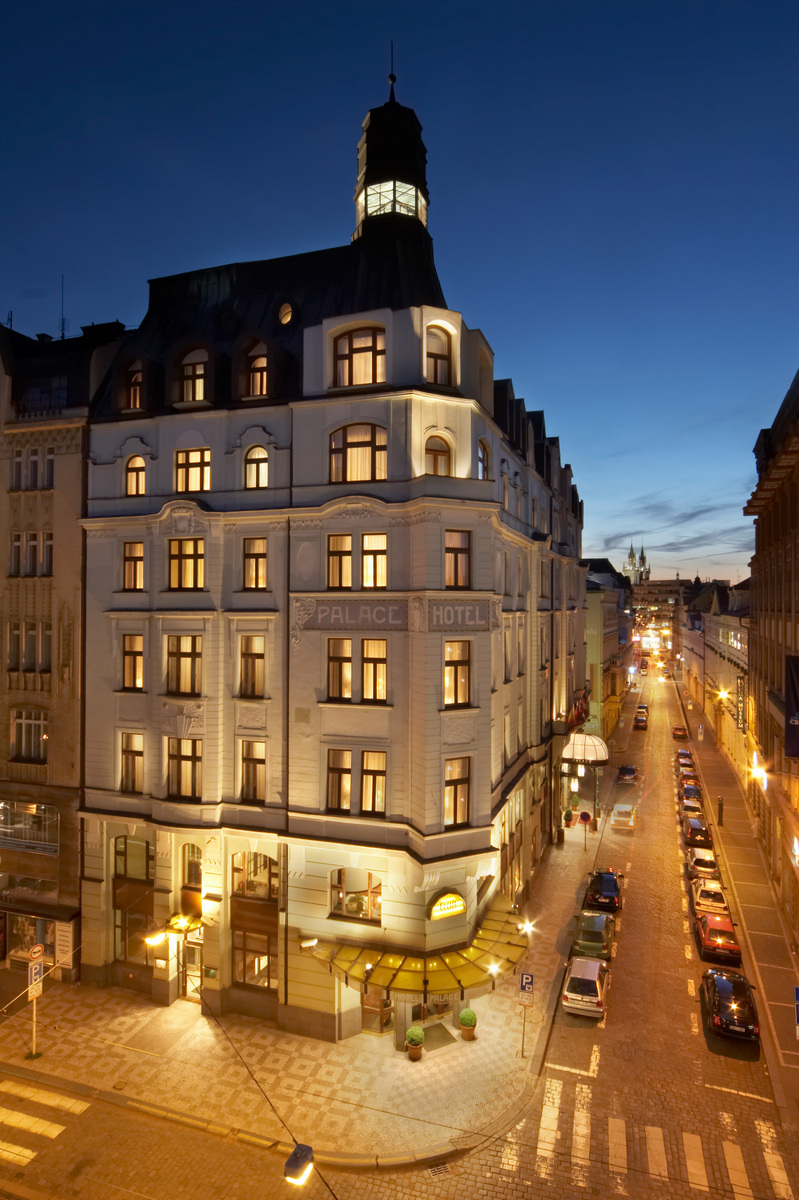 Warimpex sells palace hotel in prague cz for 5 star hotels in prague