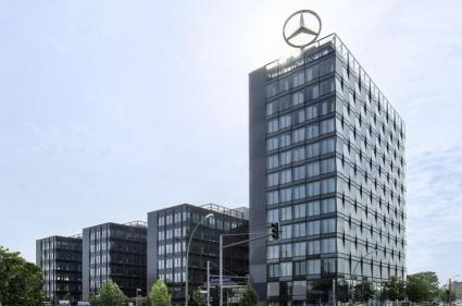 ca immo sells the mercedes benz headquarters in berlin to. Black Bedroom Furniture Sets. Home Design Ideas
