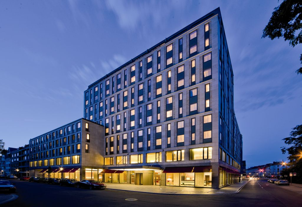 union investment acquires 4 star meli hotel in d sseldorf de. Black Bedroom Furniture Sets. Home Design Ideas
