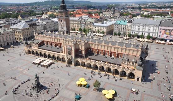 Sukiennice and Main Market Square Krakow©Jorge Lascar