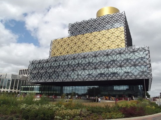 The_Library_of_Birmingham_-_Centenary_Square
